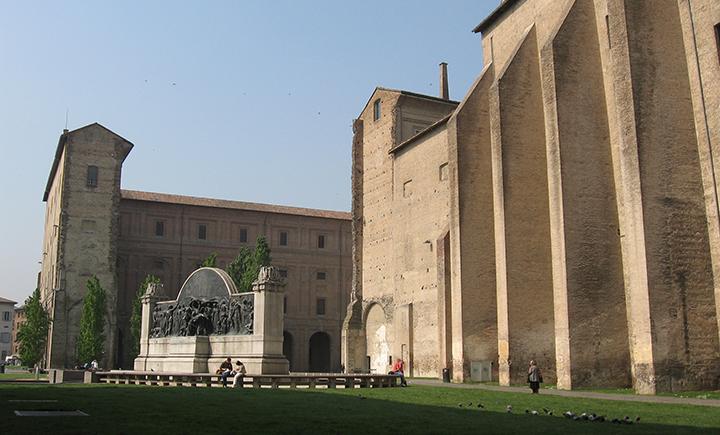 Parma   palazzo della Pilotta e monumento a Giuseppe Verdi ArtParmaFair 2019