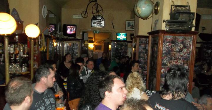 Corner House Rock Pub