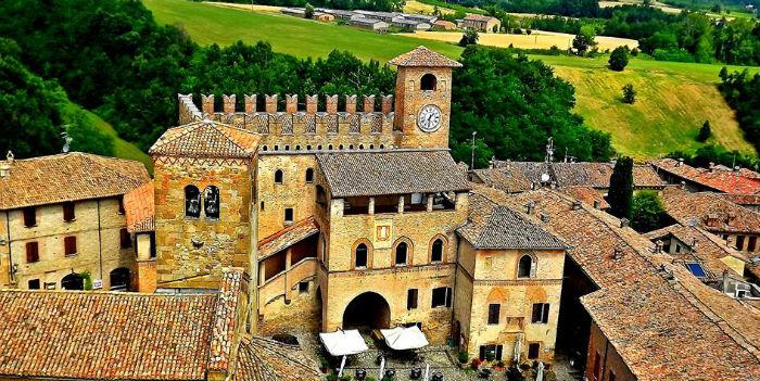 Palazzo-del-Podestà-Castell-Arquato