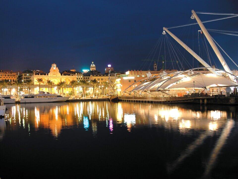 piazza feste notturna genova 960x720 1 Eventi, serate..robe