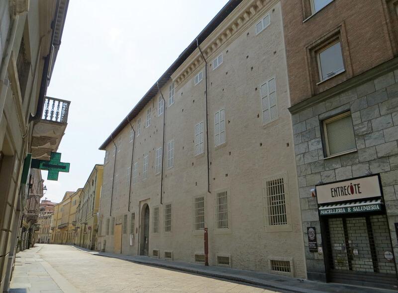 1280px Palazzo Tarasconi Parma   facciata 4 2018 08 04 ArtParmaFair 2019
